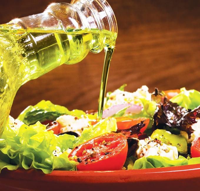 Salátový dresink s česnekem